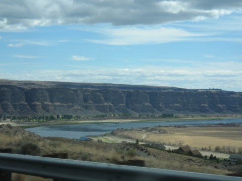 SEATS-the gorge 032